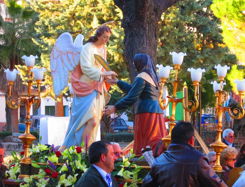Procesion_Angel_2012_2